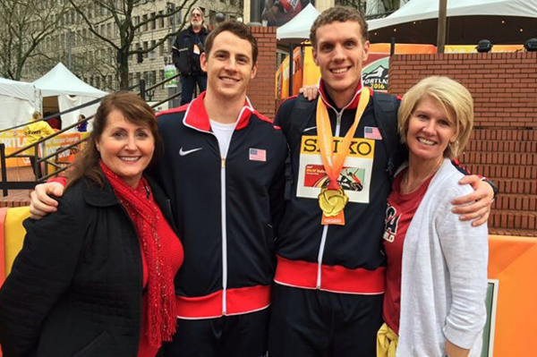 Feeney and Giesting with their moms ()