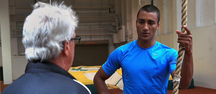 Harry Marra talks to Ashton Eaton ()