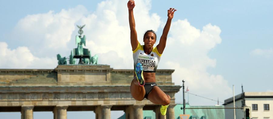 Malaika Mihambo competes at the 2016 edition of Berlin Fliegt! (Benjamin Heller)