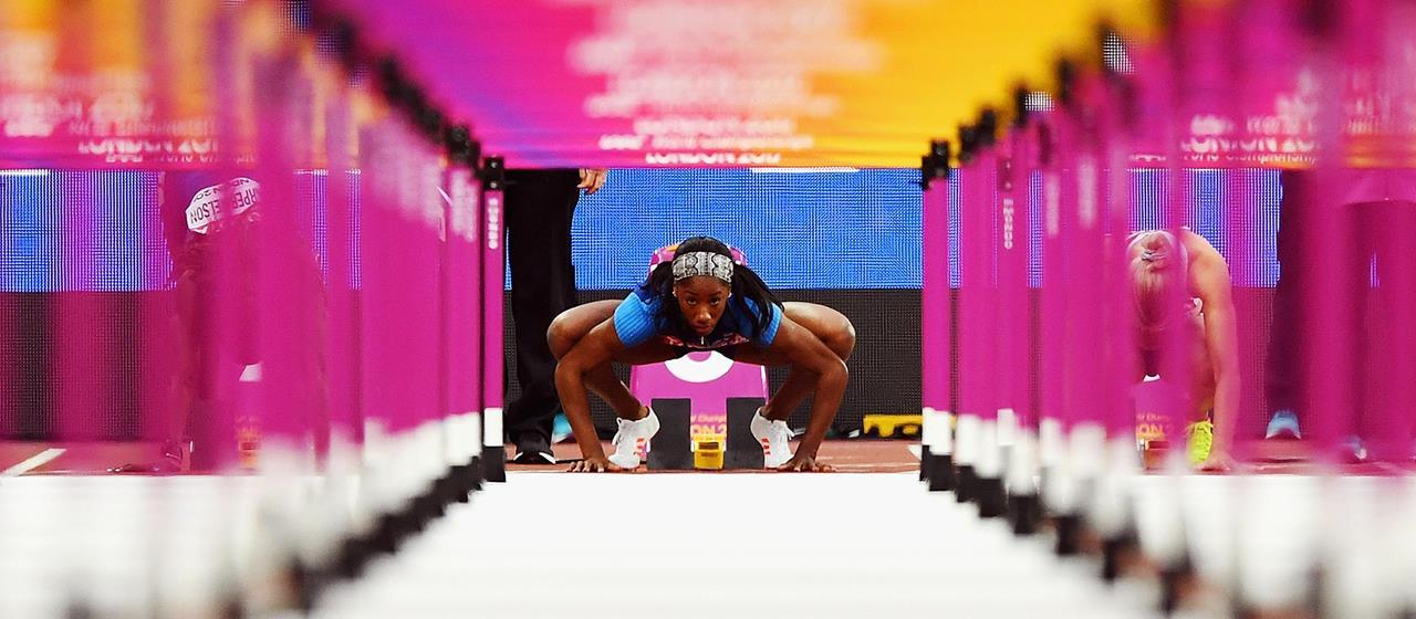 Keni Harrison in the blocks before the 100m hurdles semi final (Getty Images)