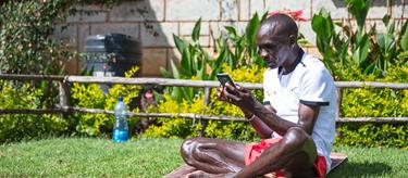 Eliud Kipchoge in Kenya  (Dan Vernon)