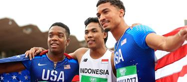 Lalu Muhammad Zohri , Anthony Schwartz and Eric Harrison celebrate (Getty Images)