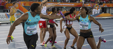 Michael Mathieu and Antonique Strachan during the Mixed 4x400m (Jeff Cohen)
